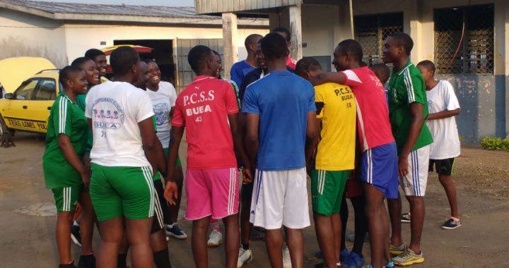 Basketballtraining mit PCSS Buea